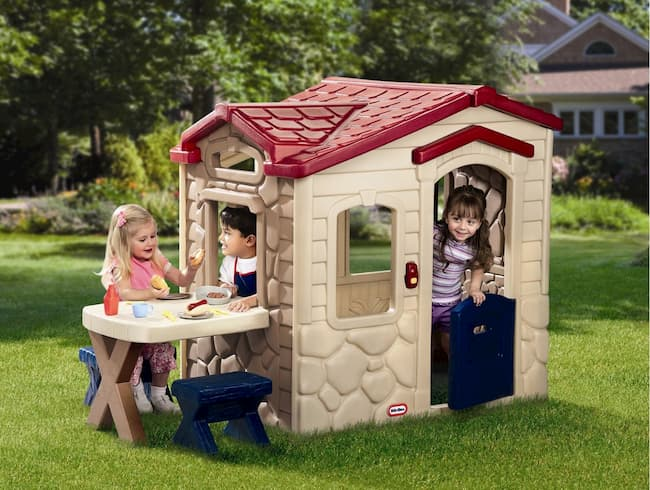 Picnic on the Patio Playhouse by Little Tikes Review